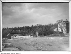 Humber River flood, Lambton Mills. - 1913