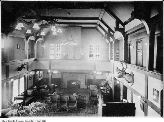 Interior of Joseph Kilgour home. - [ca. 1912]