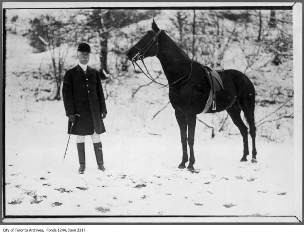 Joseph Kilgour and his hunter Twilight. - [ca. 1910]